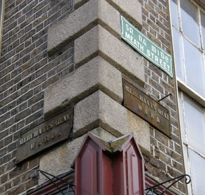 Link to Street Corner Signs